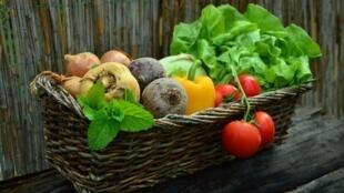 "Na Dinamarca, alimentos orgânicos chegam a custar só 20% a mais do que os ""comuns""."