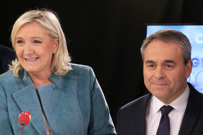 En el Norte de Francia, Marine Le Pen, líder de la extrema derecha, enfrenta al ex ministro de trabajo, el conservador Xavier Bertrand, en esta segunda vuelta de las regionales en Francia. 9 de diciembre de 2015.