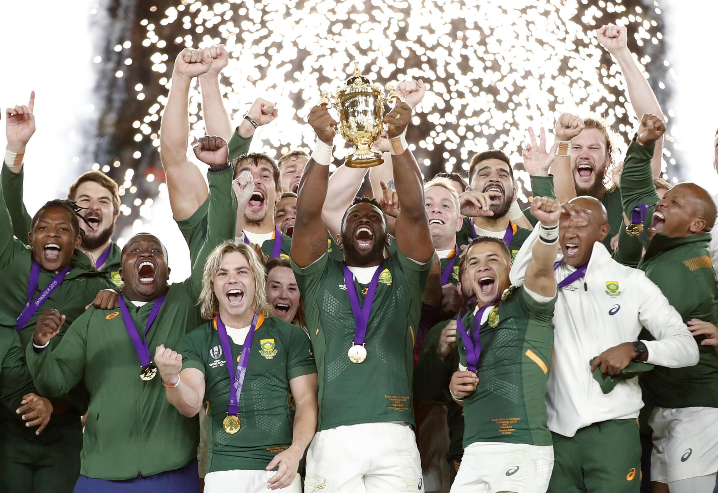 RLa seleccion de Sudafrica de Rugby celebra en el International Stadium Yokohama, su tercer titulo mundial , el 2 de Noviembre de 2019.