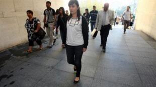 Sevil Sevimli à son arrivée à la cour d'assises de Bursa le 26 septembre 2012.