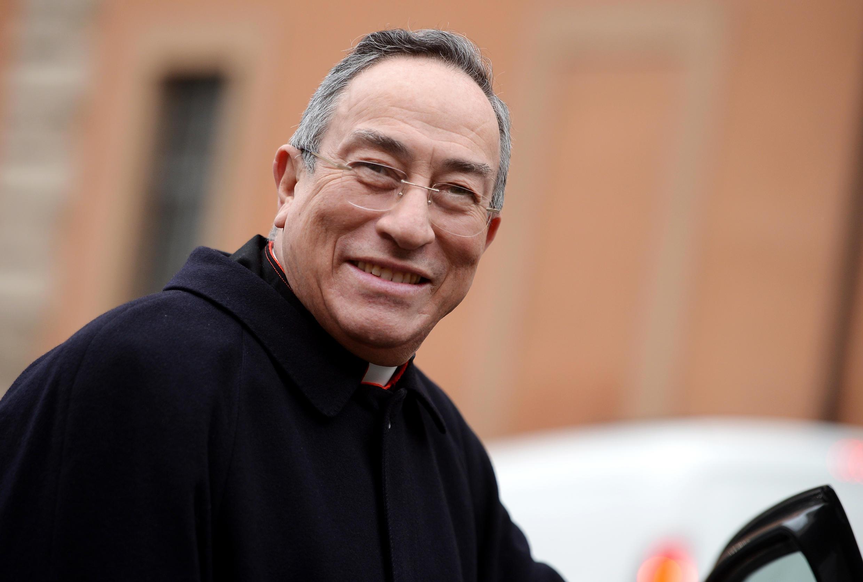 Hồng Y Honduras Oscar Andres Rodriguez Maradiag. Ảnh chụp ngày 08/03/2018 khi hồng  y tới Vatican họp hội Đồng Hồng Y.