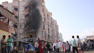 也門第二大城市亞丁財政部大樓外發生汽車炸彈襲擊 2017年11月29日