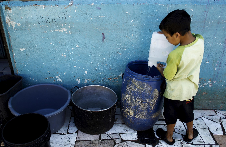 UNICEF ta ce, kusan mutane miliyan 663 ke shan gurbataccen ruwa a duniya