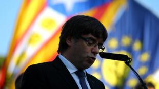 O preisdente catalão, Carles Puigdemont, tem até a manhã desta quinta-feira (19) para esclarecer sua posição sobre a independência da região.
