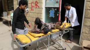 منابع بهداشتی یمن میگویند بیشتر قربانیان حمله هوایی روز پنجشنبه کودک بودهاند.
