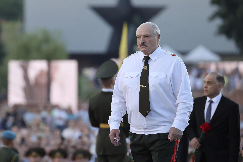 Le président biélorusse Alexandre Loukakencho lors d'une cérémonie à Minsk, le 22 juin 2021.