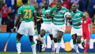 Ndri Romaric, auteur du seul but de la rencontre, permet aux Ivoiriens de rester seuls en tête du groupe H.