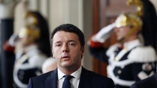 O líder do Partido Democrático italiano, Matteo Renzi, foi oficialmente encarregado de formar o novo governo da Itália nesta segunda-feira (17).