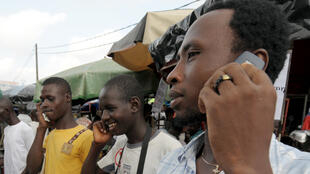En Côte d'Ivoire, les cartes d'étudiants ou les attestations d'identité ne suffisent plus pour identifier les cartes SIM.