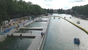'Paris Plages' en el Bassin de la Villette.