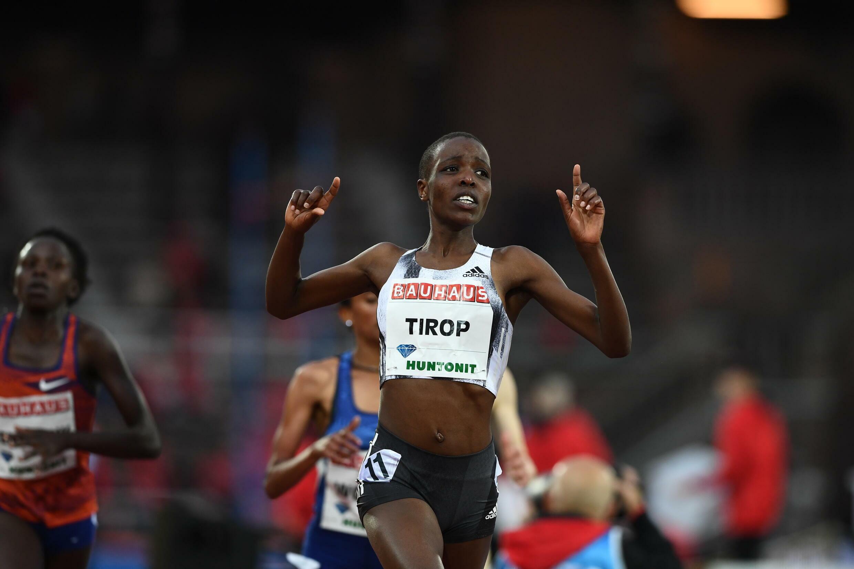 La Kenyane Agnes Jebet Tirop après avoir remporté le 5000m pendant la Diamond League le 30 mai 2019 à Stockholm en Suède