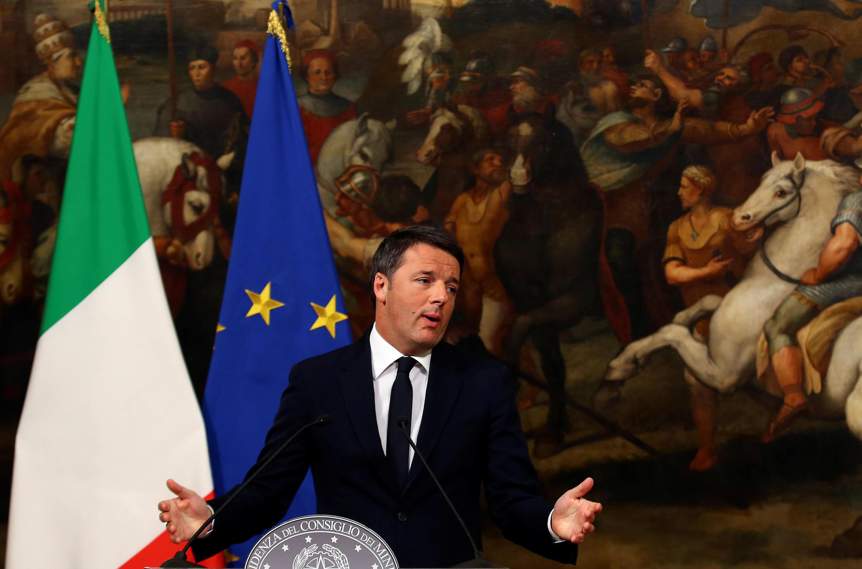 Matteo Renzi, waziri mkuu wa Italia, wakati akitangaza kujiuzulu nafasi yake.