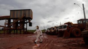 Área interditada de resíduo de bauxita da Alunorte, propriedade do grupo norueguês Norsk Hydro ASA, em Barcarena, Pará.