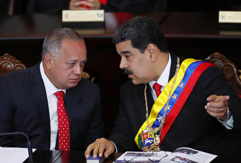 Diosdado Cabello, président de l'Assemblée nationale constituante et Nicolas Maduro, le 24 janvier 2019.