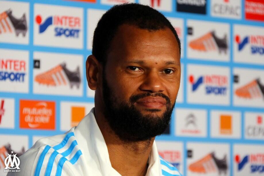 Rolando, defesa central do Olympique de Marselha