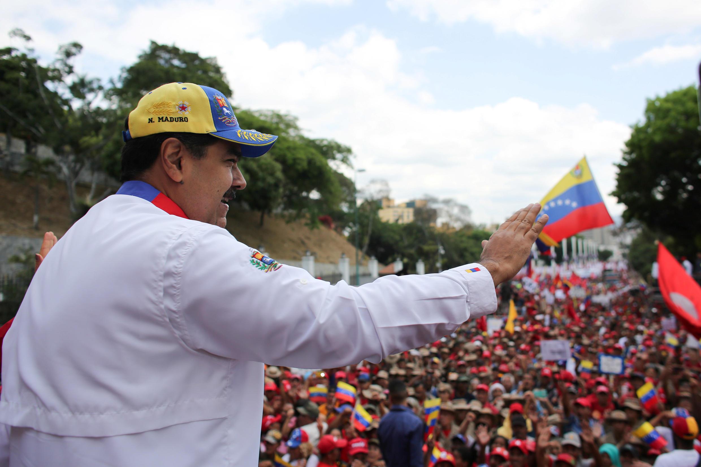 Nicolas Maduro (image d'illustration) devant ses supporters à Caracas: «Le Venezuela demande du soutien et de l'accompagnement dans un grand dialogue de paix et d'entente».