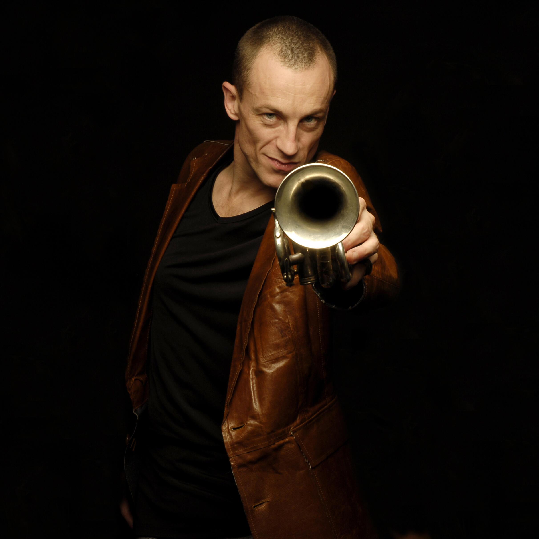 Portrait du musicien Médéric Collignon.
