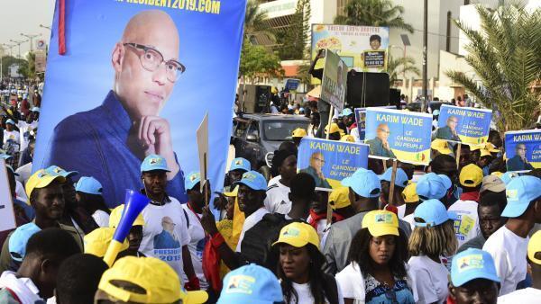 Manifestation de l'opposition pour la candidature de Karim Wade à l'élection présidentielle sénégalaise de 2019, à Dakar, le 29 novembre 2018.