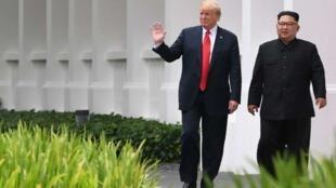 美国总统特朗普于2018年6月12日在新加坡与朝鲜领导人金正恩举行会谈