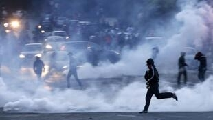 "Festa do título do PSG é estragada por incidentes provocados por ""ultras"", os integrantes das torcidas organizadas."