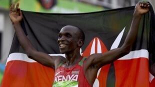 Eliud Kipchoge: vitória esperada na maratona do Rio.