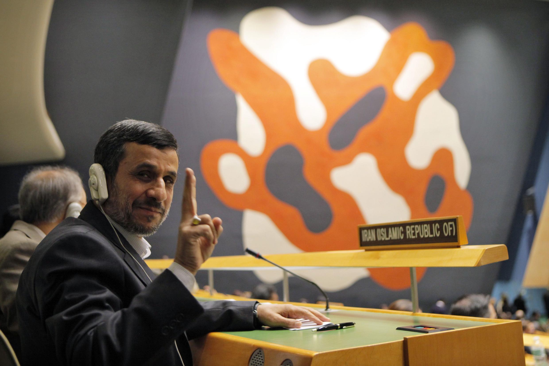 محمود احمدی نژاد، رئیس جمهوری اسلامی ایران در سفر خود به نیویورک