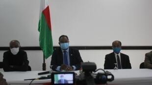 Lors d'une conférence de presse, le ministre de la Justice, Johnny Andriamahefarivo, est revenu sur les circonstances de la mutinerie qui a eu lieu à la prison de Farafangana dimanche 23 août.