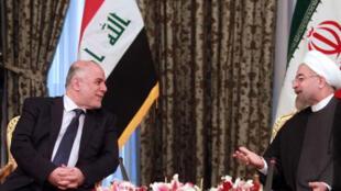 Le Premier ministre irakien Haïdar al-Abadi (à gauche) s'est rendu à Téhéran mardi 21 octobre pour rencontrer le président iranien Hassan Rohani.