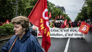 Manifestação da central sindical CGT, em Paris, neste 1º de maio.