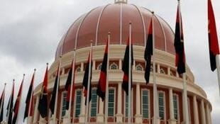 Guiné Bissau quer pedir legalização de cidadãos guineenses ilegais em Angola