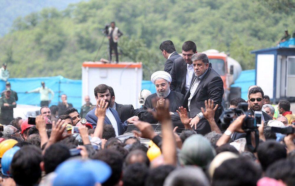 اعتراض معدنچیان معدن یورت گلستان به حسن روحانی رئیس جمهور.