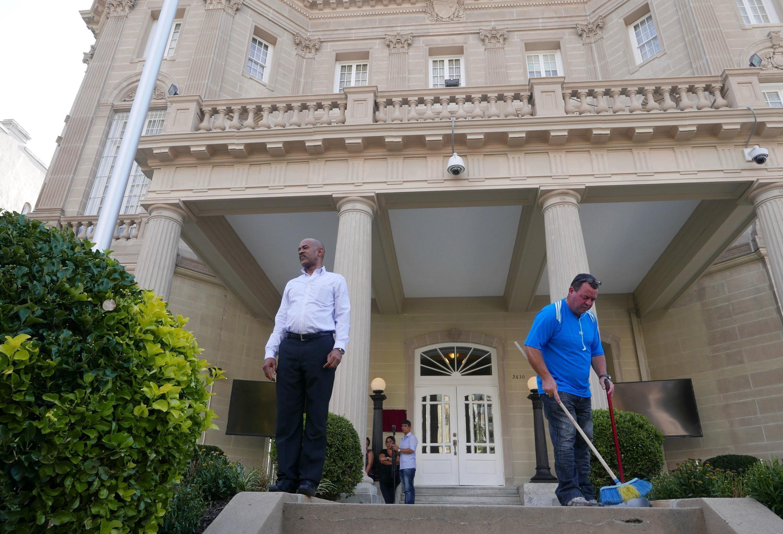 La section d'intérêts américains fait toilette avant de redevenir formellement ambassade ce 20 juillet.