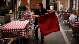 Espanha: queda do desemprego com contratos temporários.