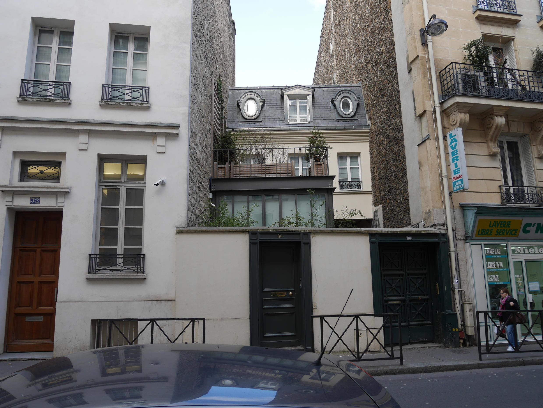 Так мог выглядеть один из бывших домов une folie, Париж, улица Пасси