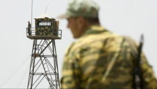 در نتیجه شورشی که شامگاه یکشنبه در یکی از زندانهای تاجیکستان رخ داد، ۳۲ نفر کشته شدند. گفته میشود که افراط گرایان زندانی نخست محافظان زندان را با چاقو مورد حمله قرار دادند و سپس به زندانیان حمله کردند.