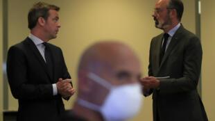 Edouard  Philippe et Olivier Véran à Paris le 25 mai 2020.