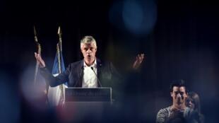 Dans un grand meeting à Mandelieu-la-Napoule le 25 octobre 2017, Laurent Wauquiez, tout en souhaitant le rassemblement de son parti, flatte l'électorat tenté par le FN. (Photo prise le 3 septembre 2017).