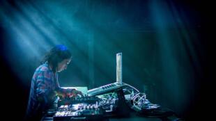 Sama Abdulahd dite DJ Skywalker, est la première femme DJ palestinienne.