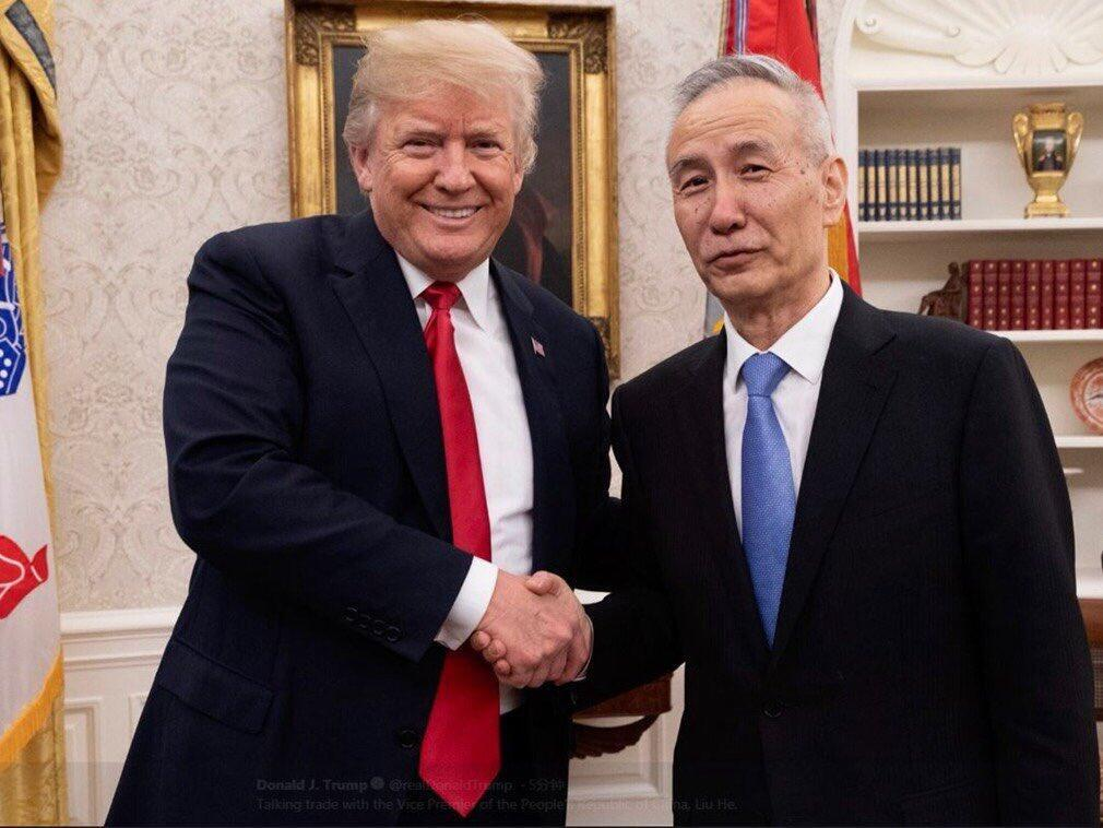 美國總統特朗普會見習近平特使、中國代表團團長劉鶴。