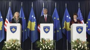 Совместная пресс-конференция премьер-министра Косово Хашима Тачи, Хиллари Клинтон и Кэтрин Эштон в Приштине 31/10/2012