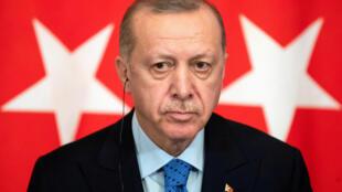 2020-10-14T134000Z_361500960_RC2DIJ9P3B3T_RTRMADP_3_HEALTH-CORONAVIRUS-TURKEY-ERDOGAN