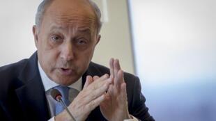 نشست خبری امروز  لوران فابیوس وزیر امور خارجۀ فرانسه در نیویورک. ۸ تیر/ ٢٩ ژوئن ٢٠١۵