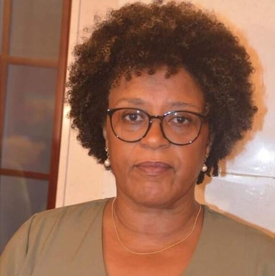 Ruth Monteiro, ministra da justiça do governo de Aristides Gomes