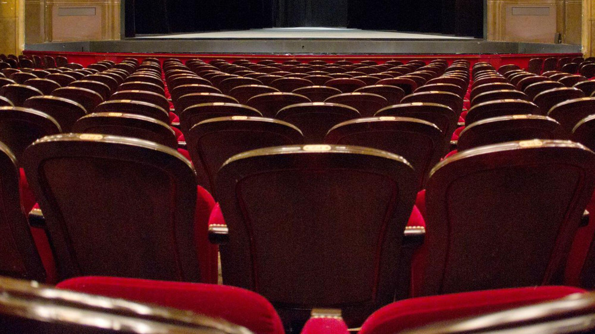 The Covid-19 crisis means theatres and cinemas remain closed