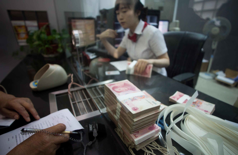 Tại một chi nhánh ngân hàng Công Thương Trung Quốc ở Thượng Hải (ảnh chụp ngày 24/09/2014)