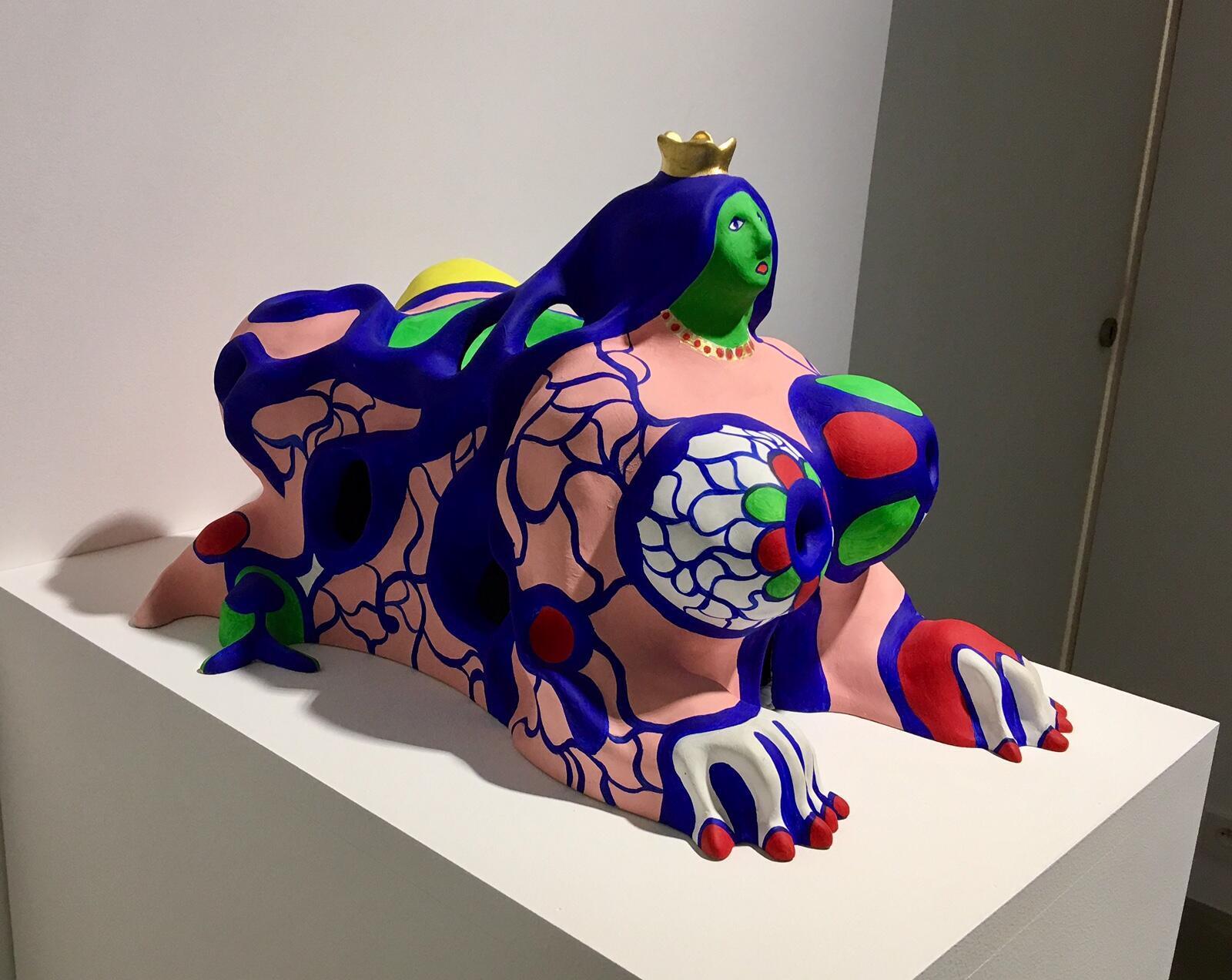 В галерее Валуа в шестом округе Парижа по 21 октября 2017 года выставлены работы Ники де Сен-Фалль.