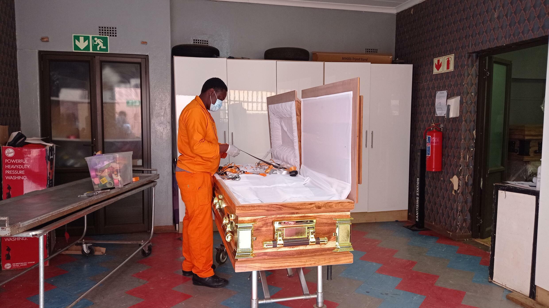 Afrique du Sud - pompes funèbres - Covid