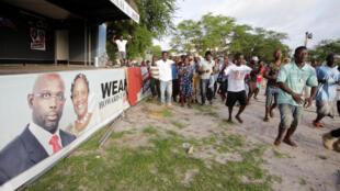 Des partisans de George Weah, à Monrovia le 19 octobre 2017.