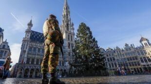 A Belgian soldier patrols in Brussels