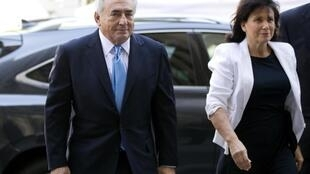 Strauss-Kahn with his wife Anne Sinclair in New York